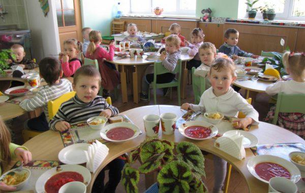 Организация питания в саду